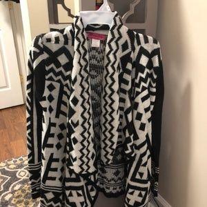 Tribal Print Cardigan / Sweater